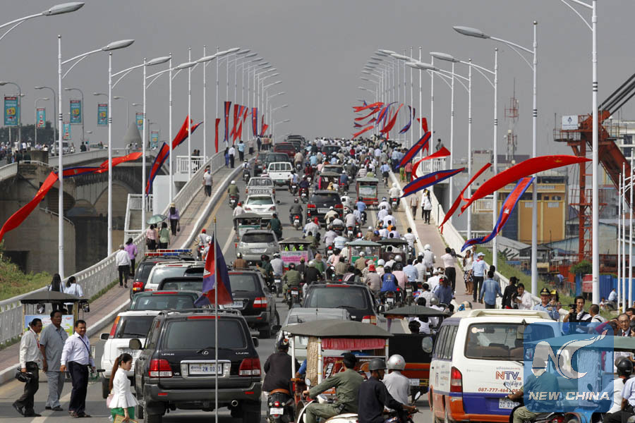 70 pct of roads, bridges in Cambodia built under Chinese support
